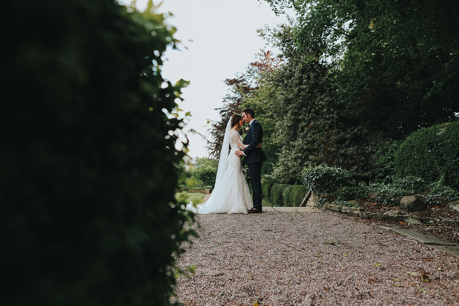 eaves hall wedding photographer uses the stunning grounds