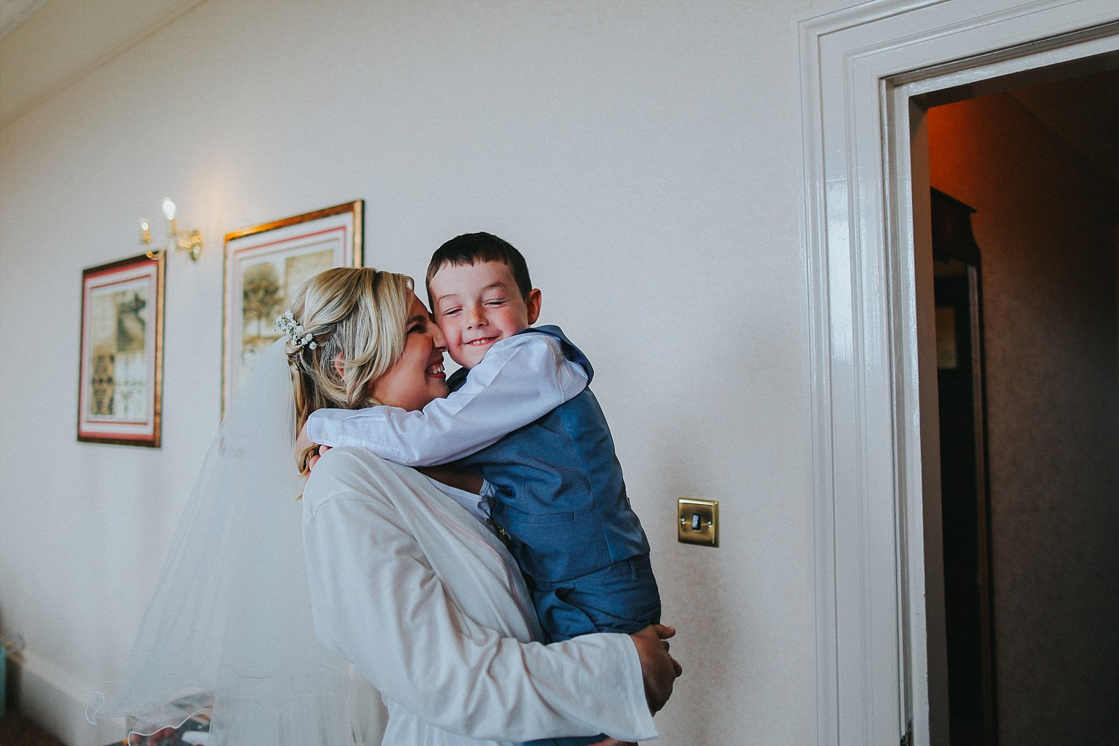 Relaxed and Artistic Shrigley Hall Wedding Photography in Manchester