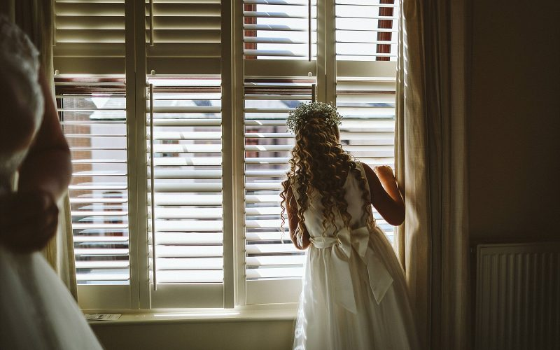 Tara+Geoff-warrington-wedding-photographer-photography-Hallmark-hotel-documentry-photo-idea-embee0063