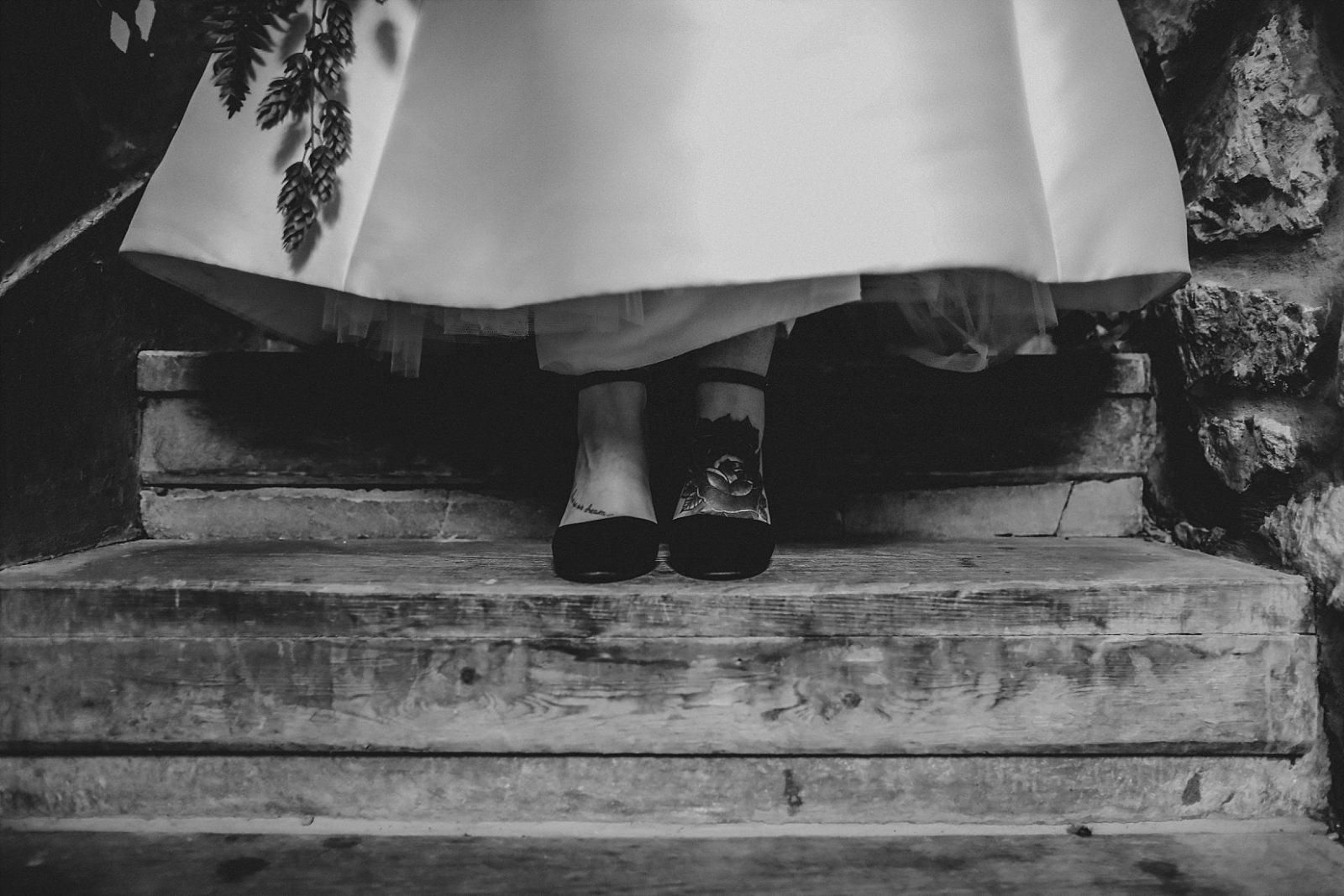 rock bride tattooed feet