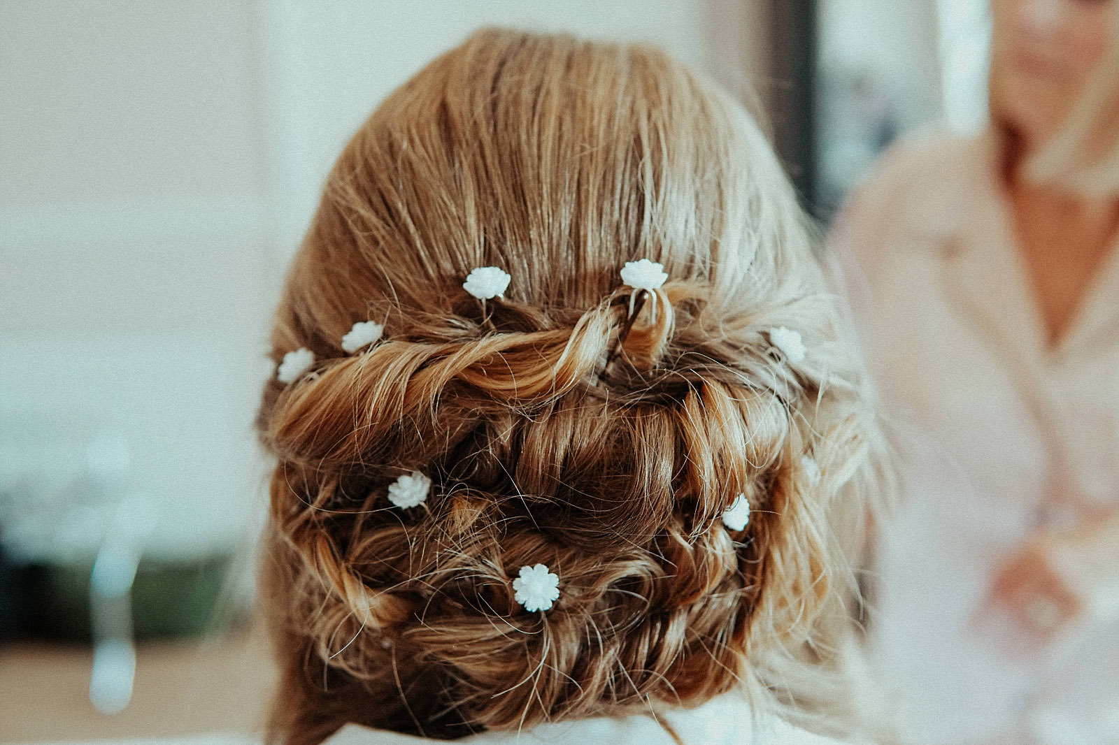close up of brides hair for wedding