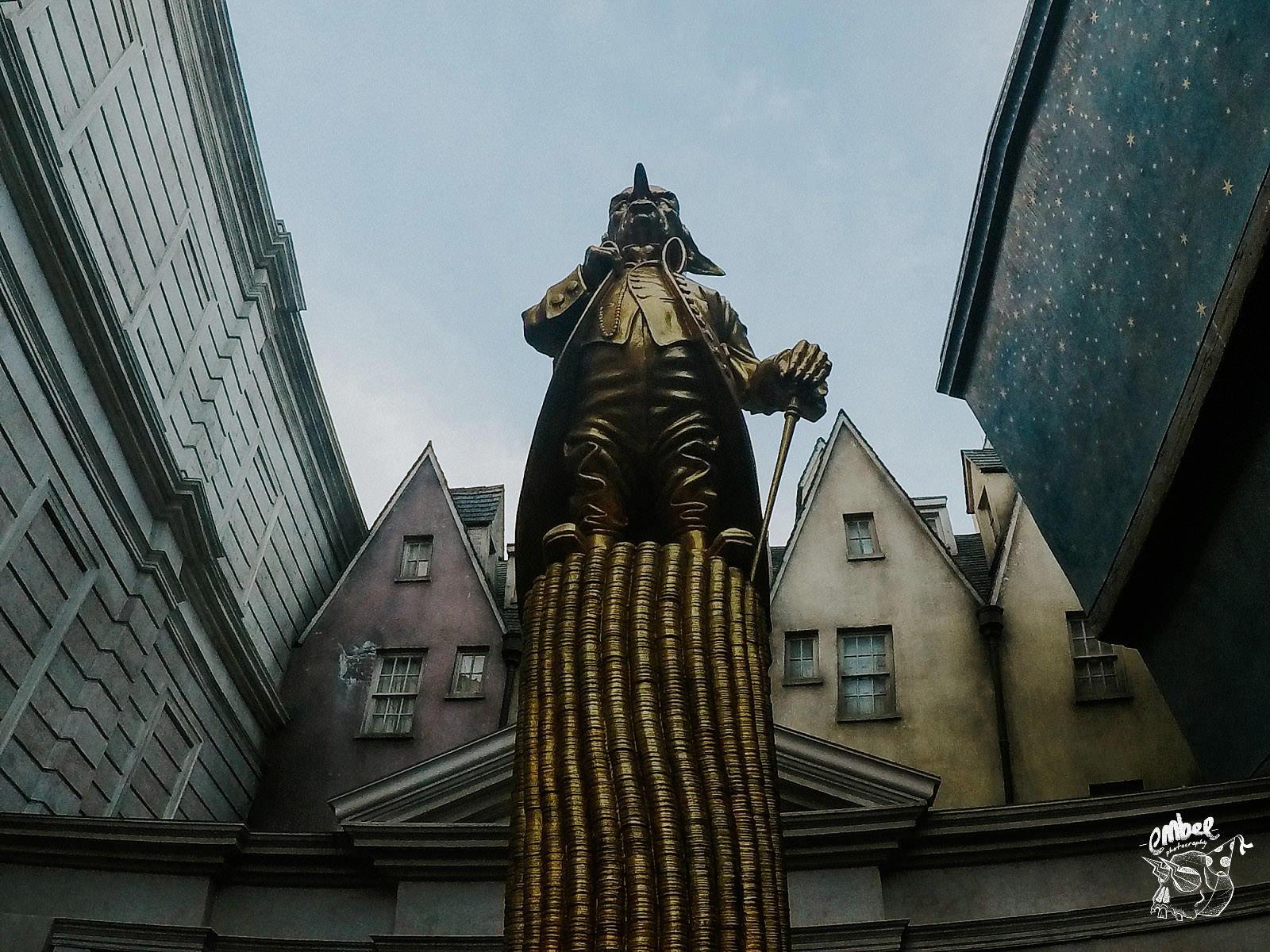 gringots gold goblin in universal studios