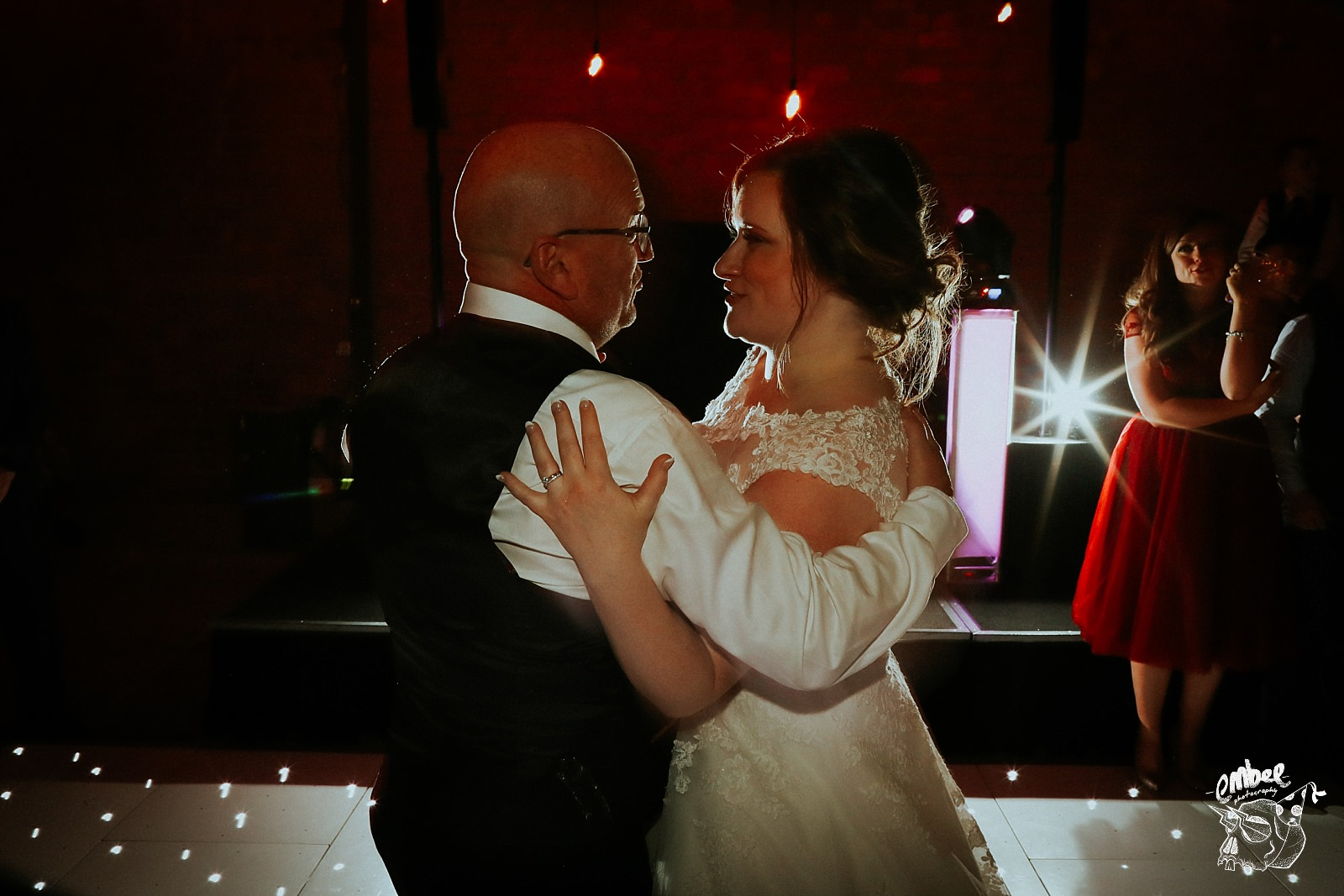 dad and daughter first dance