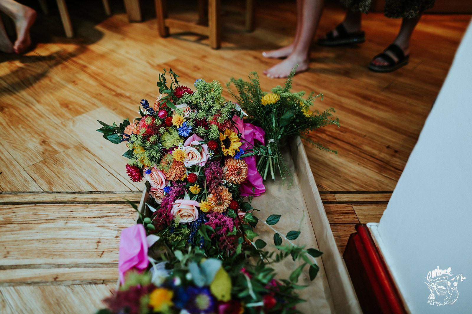 wedding flowers in boxes
