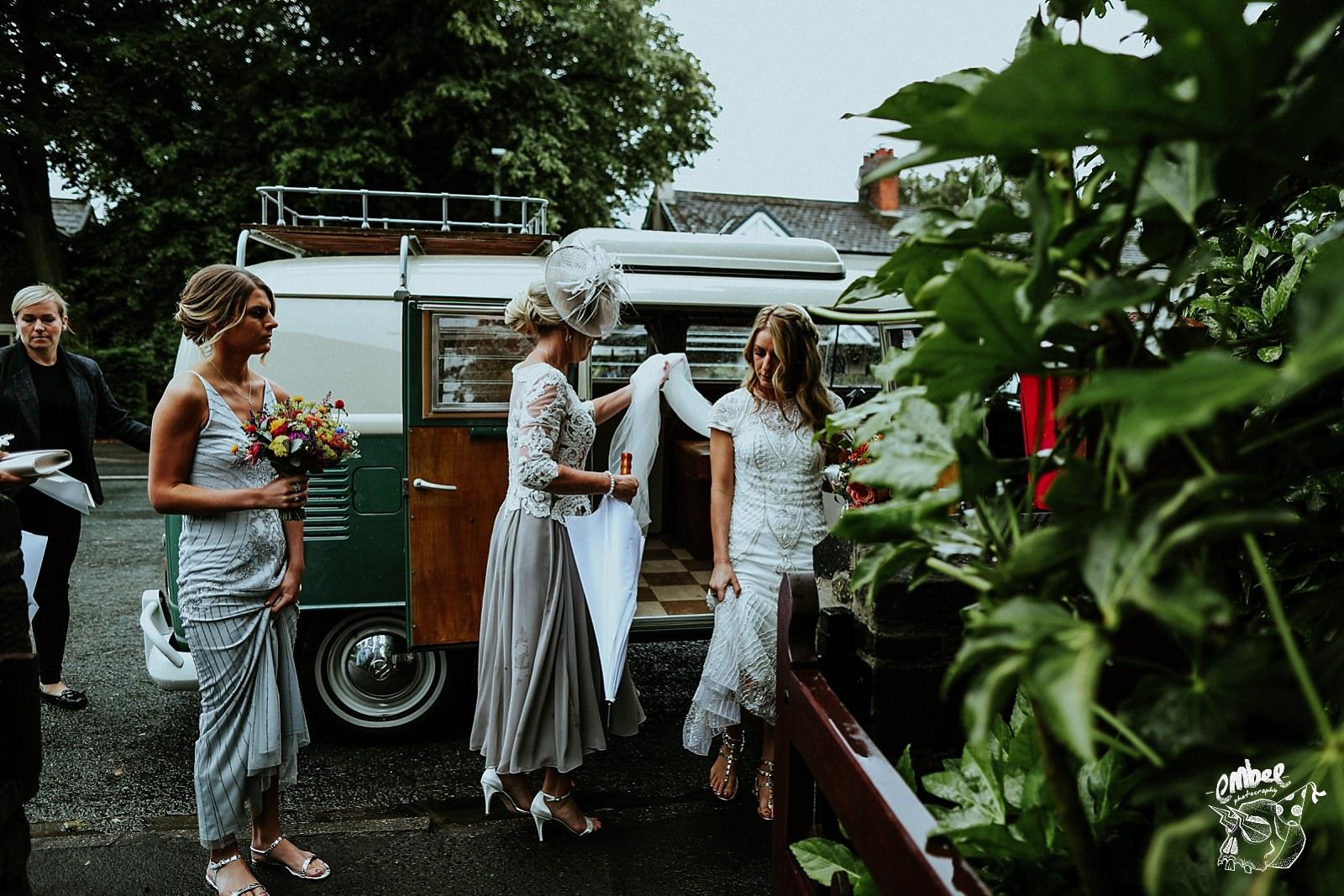 brides arrives at church
