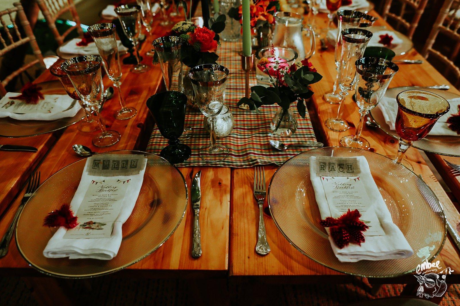 table setting for tipi wedding
