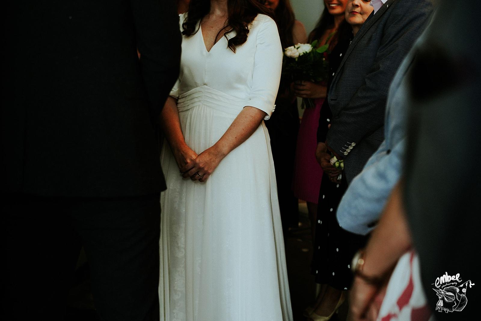 brides hands