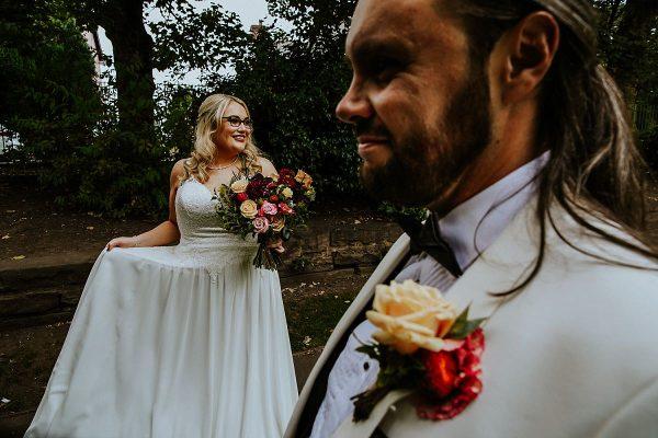 Manchester-wedding-photographer-embee-photographer-back-shooting0003